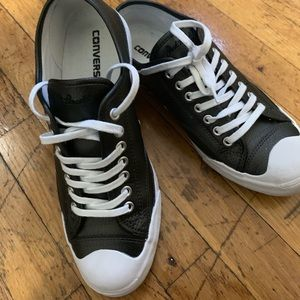 Black leather converses (Jack Purcell edition)
